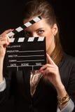 Ritratto di bella donna che posa nello studio Fotografie Stock Libere da Diritti