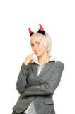 Ritratto di bella donna in corno dei diavoli Fotografie Stock Libere da Diritti
