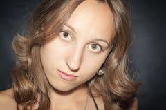 Ritratto di bella giovane donna Fotografie Stock