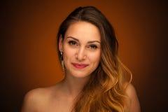 Ritratto di bella giovane donna del redhair Fotografie Stock