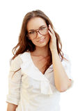 Ritratto di bella giovane donna in vetri immagini stock libere da diritti