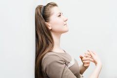 Ritratto di bella ragazza affascinante Fotografie Stock Libere da Diritti