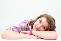 Ritratto di bella ragazza con le cuffie Fotografie Stock Libere da Diritti