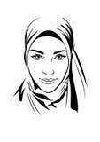 Ritratto di bella ragazza musulmana nel hijab modellato, illustrazione di vettore, stile del disegno della mano Immagine Stock