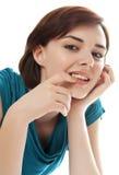 Ritratto di bella ragazza sul backgrou bianco immagini stock libere da diritti