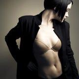 Ritratto di bella signora alla moda Fotografie Stock Libere da Diritti