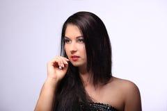 Ritratto di bellezza con bei capelli lunghi marroni luminosi isolati immagini stock libere da diritti