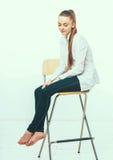 Ritratto di bellezza dello studio della donna con capelli lunghi Fotografia Stock Libera da Diritti