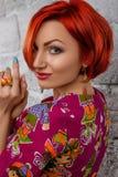 Ritratto di bellezza Giovane donna rossa Immagine Stock