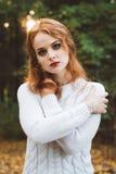 Ritratto di bello sorridere dai capelli rossi felice della ragazza Fotografie Stock