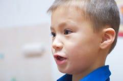 Ritratto di conversazione del ragazzo Immagine Stock Libera da Diritti