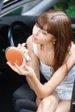 Ritratto di fabbricazione della giovane donna Fotografie Stock