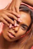 Ritratto di fascino della donna sensuale Fotografie Stock