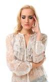 Ritratto di giovane bella donna caucasica che si sent maleire Immagine Stock