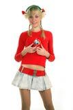 Ritratto di giovane donna bionda che tiene il regalo Fotografie Stock