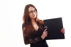Ritratto di giovane donna felice di affari isolata sul backgro bianco Fotografia Stock