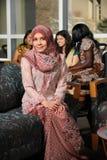 Ritratto di giovane donna musulmana Fotografie Stock Libere da Diritti