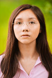 Ritratto di giovane donna pensive Fotografia Stock Libera da Diritti
