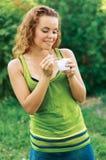 Ritratto di giovane donna sorridente felice Fotografia Stock