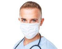 Ritratto di giovane medico nella maschera Fotografie Stock Libere da Diritti