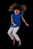 Ritratto di giovane salto afroamericano della ragazza Fotografie Stock Libere da Diritti