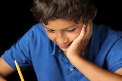 Ritratto di giovane ragazzo - serie del chiaroscuro fotografia stock libera da diritti