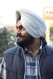 Ritratto di giovane ragazzo sikh dall'India Fotografia Stock
