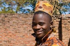 Ritratto di giovane uomo africano bello Immagini Stock