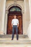 Ritratto di giovane uomo d'affari americano Immagine Stock