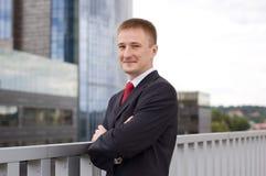 Ritratto di giovane uomo d'affari felice Immagine Stock Libera da Diritti
