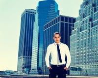 Ritratto di giovane uomo d'affari a New York Immagine Stock Libera da Diritti