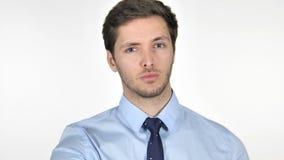 Ritratto di giovane uomo d'affari Pointing alla macchina fotografica stock footage