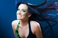 Ritratto di giovani capelli dissipati donna sorridenti Immagine Stock Libera da Diritti