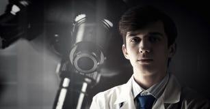 Ritratto di medico bello Fotografia Stock Libera da Diritti