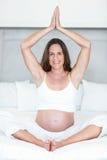 Ritratto di meditare felice della donna Fotografia Stock