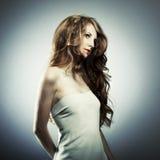 Ritratto di modo di giovane donna Fotografie Stock