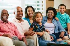 Ritratto di multi famiglia della generazione Fotografie Stock Libere da Diritti