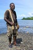 Ritratto di pesca andante del pescatore indigeno del Fijian nelle Figi immagini stock