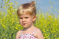 Ritratto di piccola bella ragazza bionda Fotografia Stock