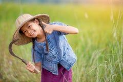 Ritratto di piccolo agricoltore sorridente della ragazza Fotografie Stock