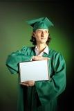Ritratto di riuscito uomo il suo giorno di graduazione Fotografie Stock Libere da Diritti