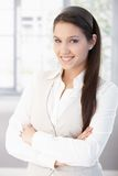 Ritratto di sorridere attraente dello studente di college Immagini Stock Libere da Diritti