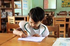 Ritratto di un allievo dei giovani del Myanmar Immagini Stock Libere da Diritti