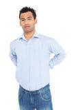 Ritratto di un giovane che soffre dal dolore alla schiena Fotografia Stock Libera da Diritti