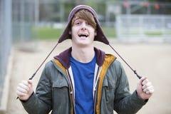 Ritratto di un giovane con un cappello Fotografia Stock Libera da Diritti