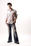 Ritratto di un maschio casuale in jeans Fotografia Stock Libera da Diritti