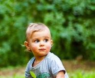 Ritratto di un neonato con gli occhi azzurri Fotografia Stock
