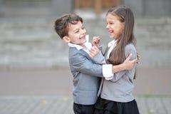 Ritratto di un ragazzo e di una ragazza Immagine Stock