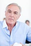 Ritratto di un Senior Manager serio Fotografia Stock Libera da Diritti