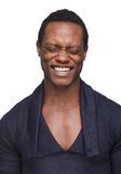Uomo afroamericano con gli occhi chiusi Fotografie Stock